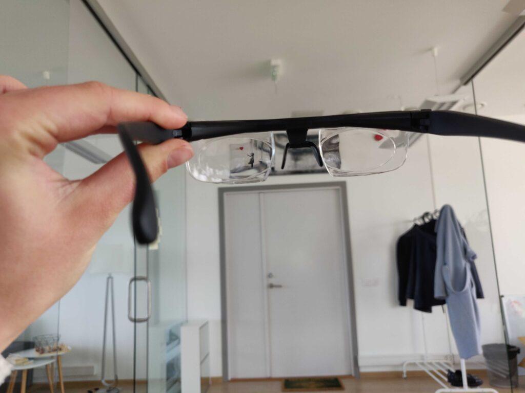 ProperFocus self-adjusting glasses